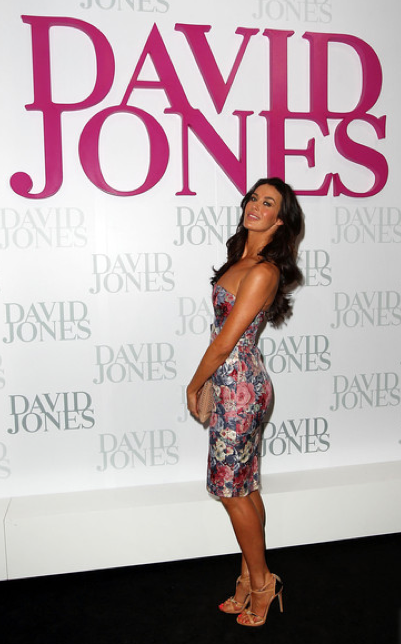 DAVID JONES SPRING/SUMMER 2012 FASHION LAUNCH - MEGAN GALEIt was a night of glitz and glamour in Sydney tonight, as the biggest faces of Australian fashion celebrated the launch of David Jones' Spring/Summer 2012 fashion range.Sporting the hottest looks of maxi dresses, sexy cuts and figure hugging items were the hottest of the hottest including Miranda Kerr, Samantha Harris, Montana Cox and Jessica Gomes.  Male eye candy was present of course in the form of Mr Jason Dundas!The Verdict: A room filled with ultimately super stylish fashionistas - that is every fashion magazine photographer's dream come true!Check out the photos here… they truly are too hot for your screen!Image Source: Zimbio