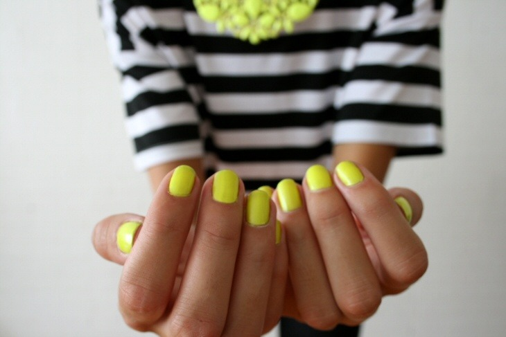 c-lassic:  Neon yellow and stripes!