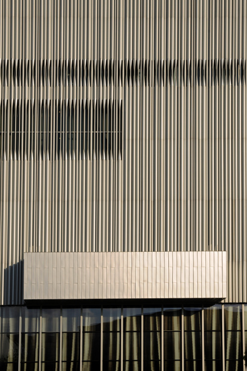 thelairdco:  Detail of stainless steel tube cladding of the Wyly Theatre in Dallas by Rem Koolhaas.