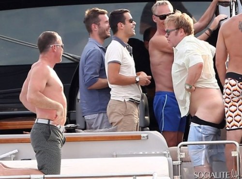 hypervocal:  Elton John moons Michael Caine's yacht in France because rich people in August.