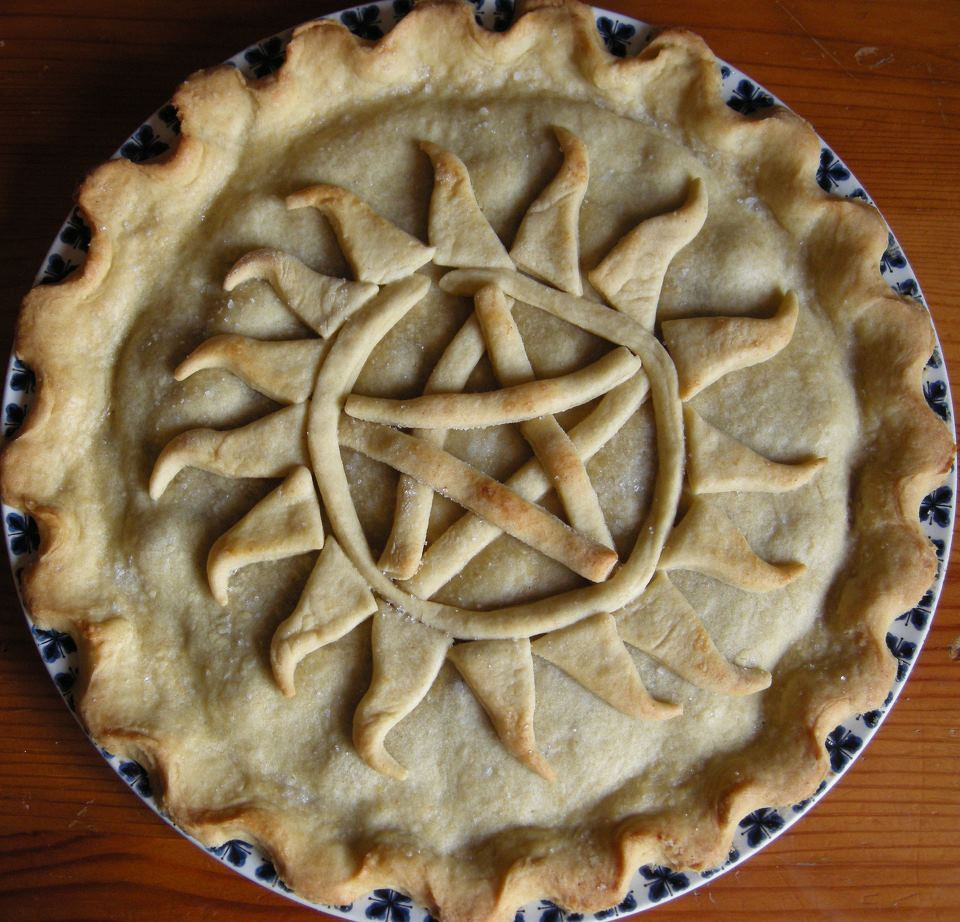 barrett-the-babe:  imgonnashoottothrill:  iluff:  Supernatural pie! FOR DEEEEEEEEEEAN!    Can I just suggest we use that as this: