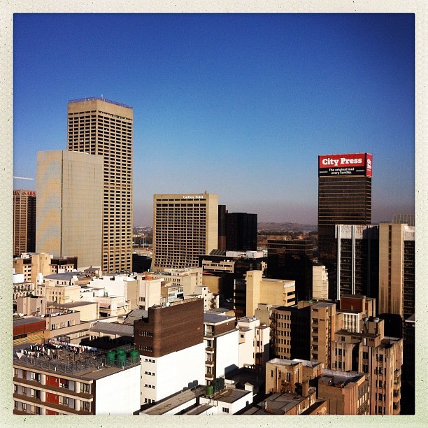 JOZI #heart #love #stefelino #architecture #amazing #jozi #cityofgold #beautiful #skyline #southafrica #stunning #city #buildings  (Taken with Instagram)