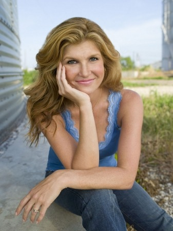 Connie Britton Fans… Check out a new fan-made website all about Connie!