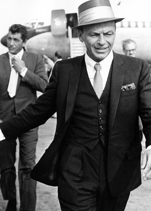 martinatra:   Frank Sinatra & Dean Martin arrive at Heathrow Airport, London, 1961