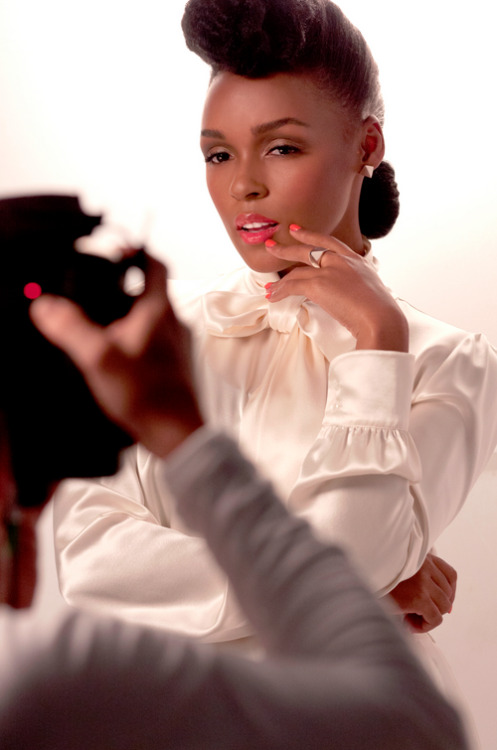 "areyouafreak:  Guess who's the new face of CoverGirl?Janelle Monae, the one coolest 26-year-old singer on the block who knows how to dress stunningly in female wear and accordingly in menswear (That ""Tightrope,"" video?) joins P!nk as the new faces of the make-up brand.Noooo complaint. Those two are gorgeous. Look at how much face she is giving, got dammit.   !!!!!!"