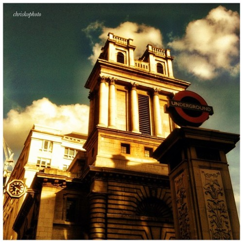 #london #bank #bankstation #thecity #stmarywoolnoth #church #undergroundstation #tubestation #tfl (Taken with Instagram at St Mary Woolnoth)