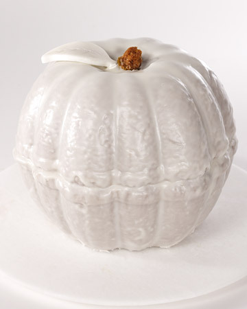 two bundt cakes to make a pumpkin how cool