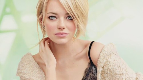 Emma stone- she's so gorgeous, slim and glowy!