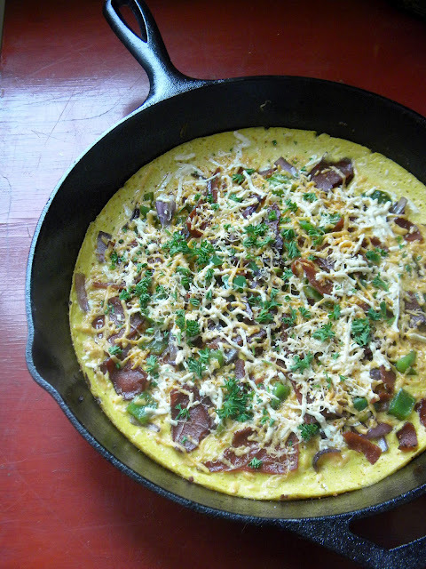 butterflygrace:  (via RECIPE: The Vegan Bacon & 3 Cheese Frittata of Your Dreams | GirlieGirl Army)