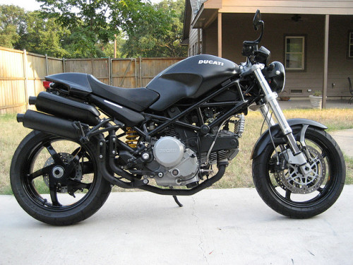 sexfoodbikesetc:  2005 Ducati Monster S2R Dark by b4dfish2 on Flickr.  #motorcycle #ducati #black to die for
