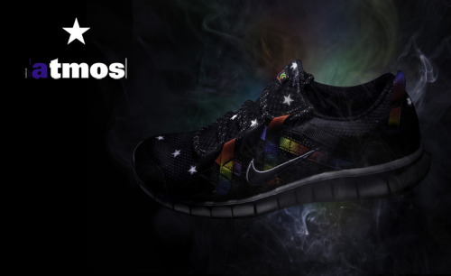 "atmos x Nike Free Powerlines+ the new Nike Free Powerlines+ getting a collab with Japan's atmos.  Black base in Rainbow-Coloured accents and stars on the uppers.  definitely a crazy colourway with the bright colours.  click here for more pics Related articles Nike Free Powerlines+ - ""Gold Medal"" (freshnessmag.com)"