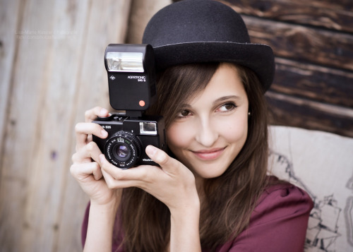 Little Camera Girl (by Lisa-Marie Kaspar)