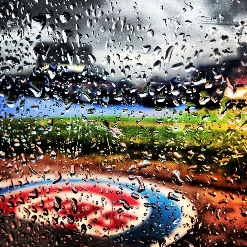 chicagocubs:  Check out this awesome shot taken from the Cubs Instagram account last night. Follow the Cubs on Instagram @Cubs!