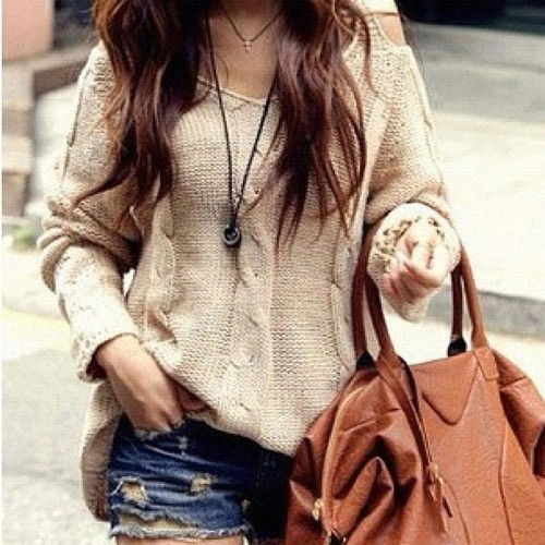 fashionfoodranting:  Very fall, sweater with shorts. I mean I would just wear jeans because Jeans rock but eh