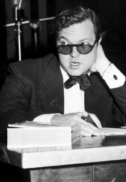 orsons:  Orson Welles, ca. 1945