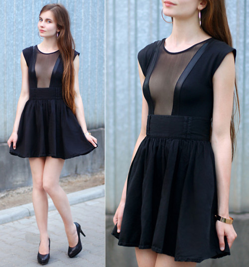 Bodysuit + Skirt (by Ariadna Majewska)