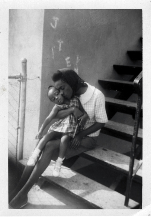 Mother & Daughter on Stairs 1960's ©WaheedPhotoArchive, 2012