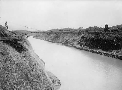 August 15, 1914: Panama Canal Opens On this day in 1914, an American-built waterway across the Isthmus of Panama, called the Panama Canal, opened. The canal connected the world's two largest oceans (the Atlantic and the Pacific) and signaled America's emergence as a global superpower. Watch the American Experience documentary on the turmoil surrounding the building of the Panama Canal.