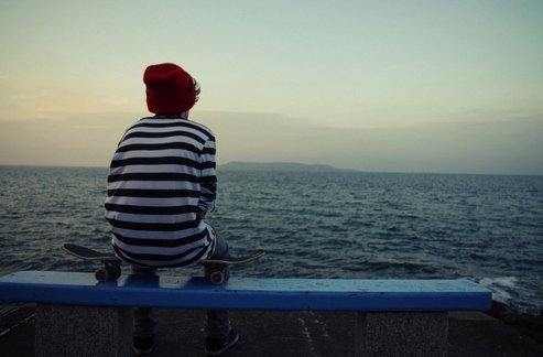 everyday-divergence:  Erudite boy watching Lake Michigan.