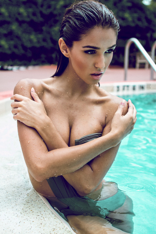 unpossibly:  .08 Ashley Sky by Maximilian Rivera