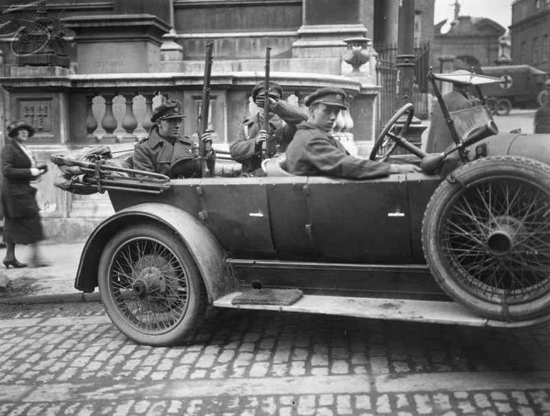 June 1922: Armed Irish Free State troops on patrol during the Irish Civil War.