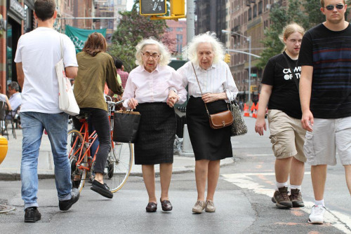 humansofnewyork:  I kinda wanna hold hands with these two and walk around all day.  I kinda wanna not study for my obgyn shelf exam and spend the night going through every single picture on this website. My favorite thing about this city is its people - and now I have a place that catalogues them? Swoon.