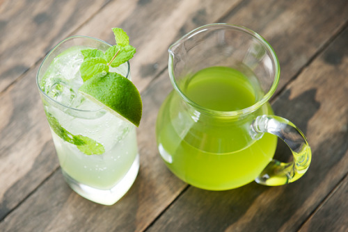 Cucumber spritzer recipe perfect for summer refreshment