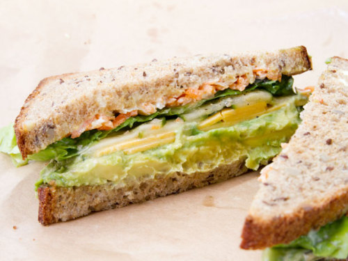 prettybalanced:  Egg, Avocado and Cheddar Sandwich