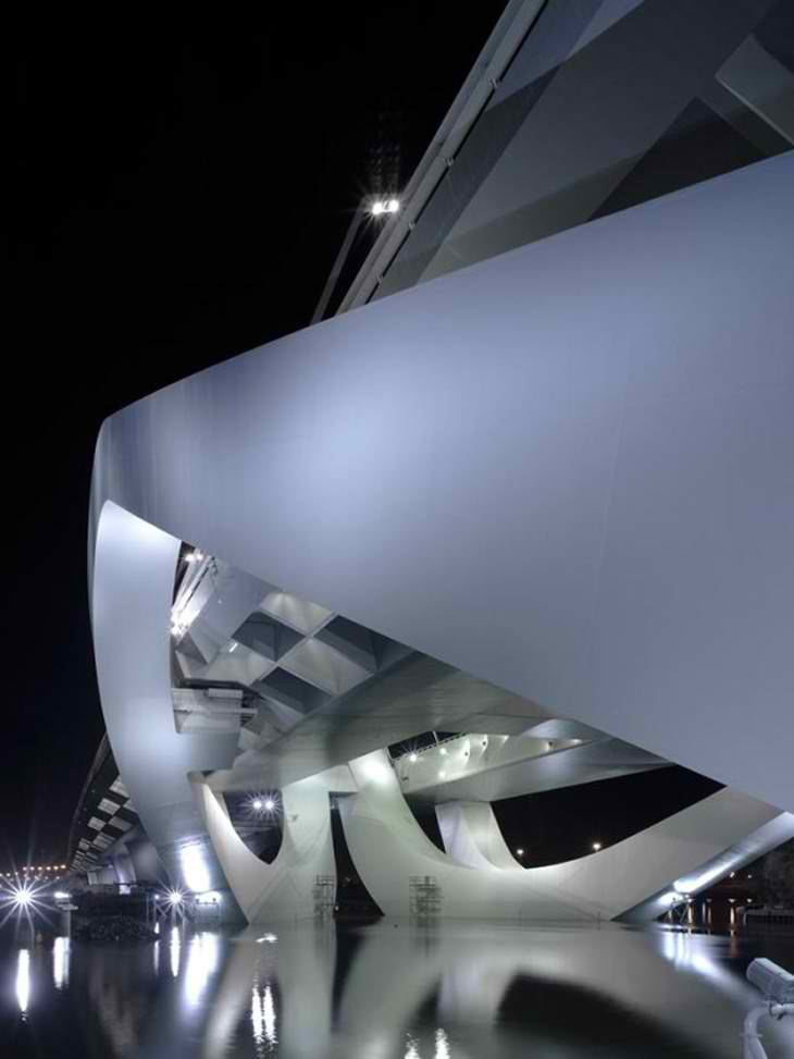 Sheikh Zayed Bridge by Zaha Hadid in Abu Dhabi. Awesome Architecture!