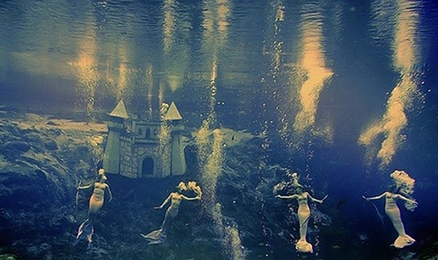 breakwatersongs:  Weeki Wachee Springs mermaids