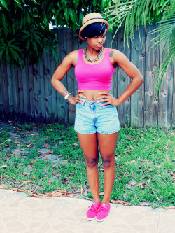 blackfashion:  Name: Bonnie Lei Age: 21 Submitted by: http://king-etsitpab.tumblr.com/ Photography by: http://mindsoffive.tumblr.com