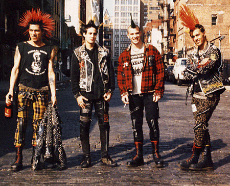 all-things-punk:  Follow for all things punk