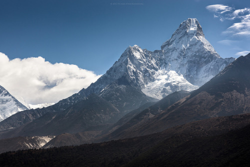 The South Face of Ama Dablam by Zolashine on Flickr.