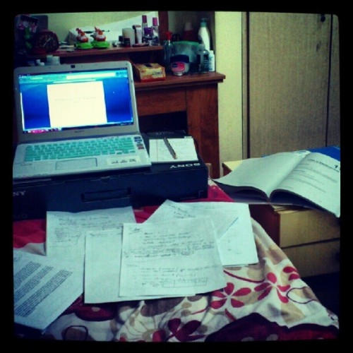 Meanwhile in my room… #buhaystudent #kayod (Taken with Instagram)