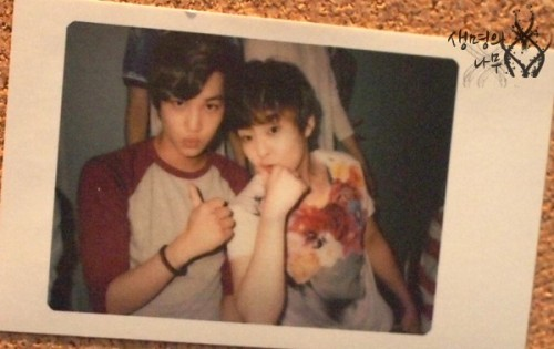 [OTHER] Kai & Xiumin Polaroid Photo for S.M.ART Exhibition