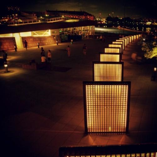 #yokohama #light #nightview #artwork #port #night #横浜 #夜景 #夜 #オブジェ #港 #ライト (Instagramで撮影)