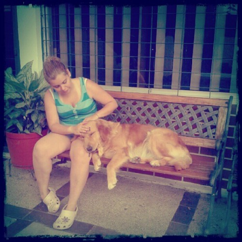 Morning kindness w @babipaz #love #retriever  (Tomada con Instagram)