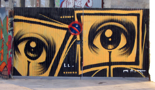 Barcelona - Street Art by Ivan Dessi on Flickr.