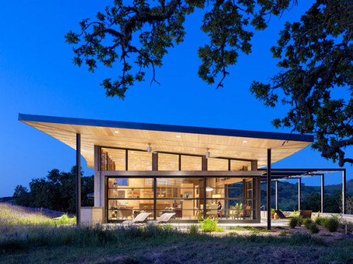 "(via PLASTOLUX ""keep it modern"" » Caterpillar House by Feldman Architecture)"