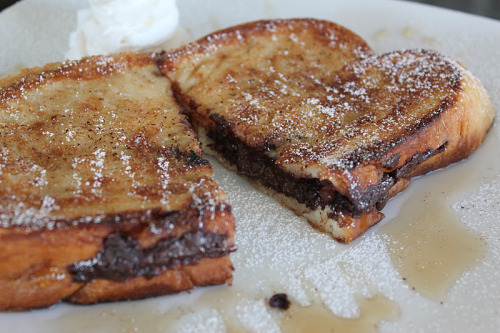 It's… so… beautiful…   veganfood:  Vegan Nutella Stuffed French Toast (by veganmiss) Recipe