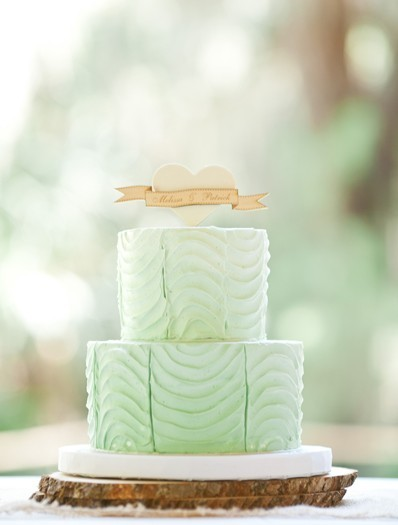 bride2be:  green ombre wedding cake