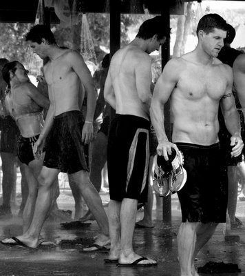 #bros don't mind #showering together, even in #public…     #topher ;) BestOfBromance.tumblr.com - @BestOfBromance - BestOfBromance@gmail.com