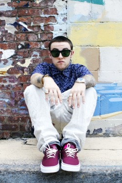 I CAN'T! Follow for all things Mac Miller :) http://mckrielow.tumblr.com/
