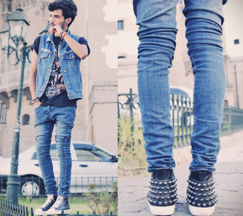 A Killer Shoes Outfit : Denim Vest : Vintage / T-shirt : Kiss / Jean : H&M / Shoes : Forfex LOOKBOOK : http://lookbook.nu/look/3884564-A-Killer-Shoes