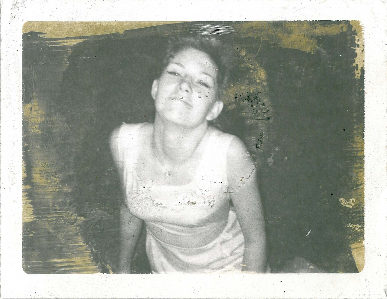 idontknowart:  My mom is beautiful :-) (image circa 1967)