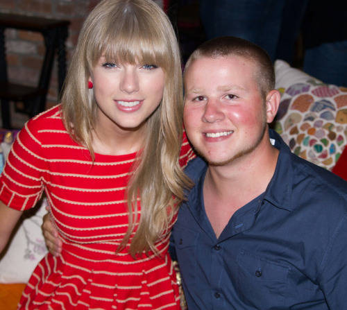 bryanwebb:  With Taylor at her condo on Monday night after the webchat.  No words can describe this night.