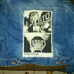 It took me more than hour to sew it but now it's done!! #patch #jacket #vegan #animalliberation #anchor #hxc. @anchorofficial  (Pris avec Instagram)