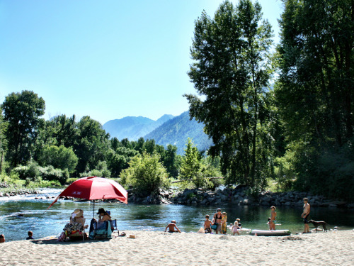 Places to Refresh with a Swim | Waterfront Park, Leavenworth, Washington