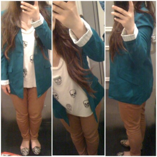 I love this blazer :D #fashion #style #blazer #outfit #forever21 #casual #shopping #skulls (Taken with Instagram)