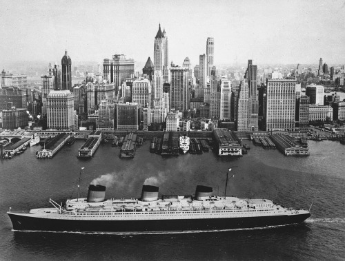 "firsttimeuser:  French liner ""Normandie"". New York, 1941"